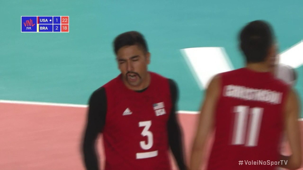 Best moment: United States 3 x 2 Brazil by the League of Nations men's volleyball semifinals