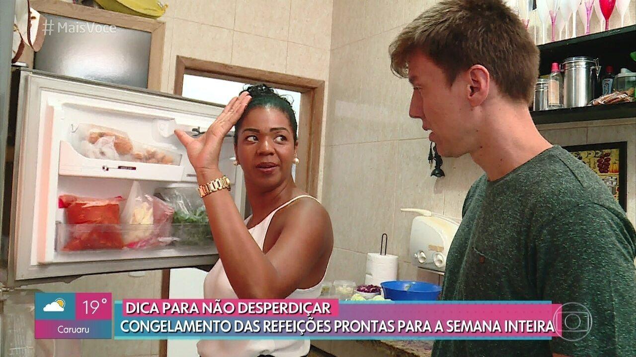 Simone congela refeições para evitar o desperdício de alimentos