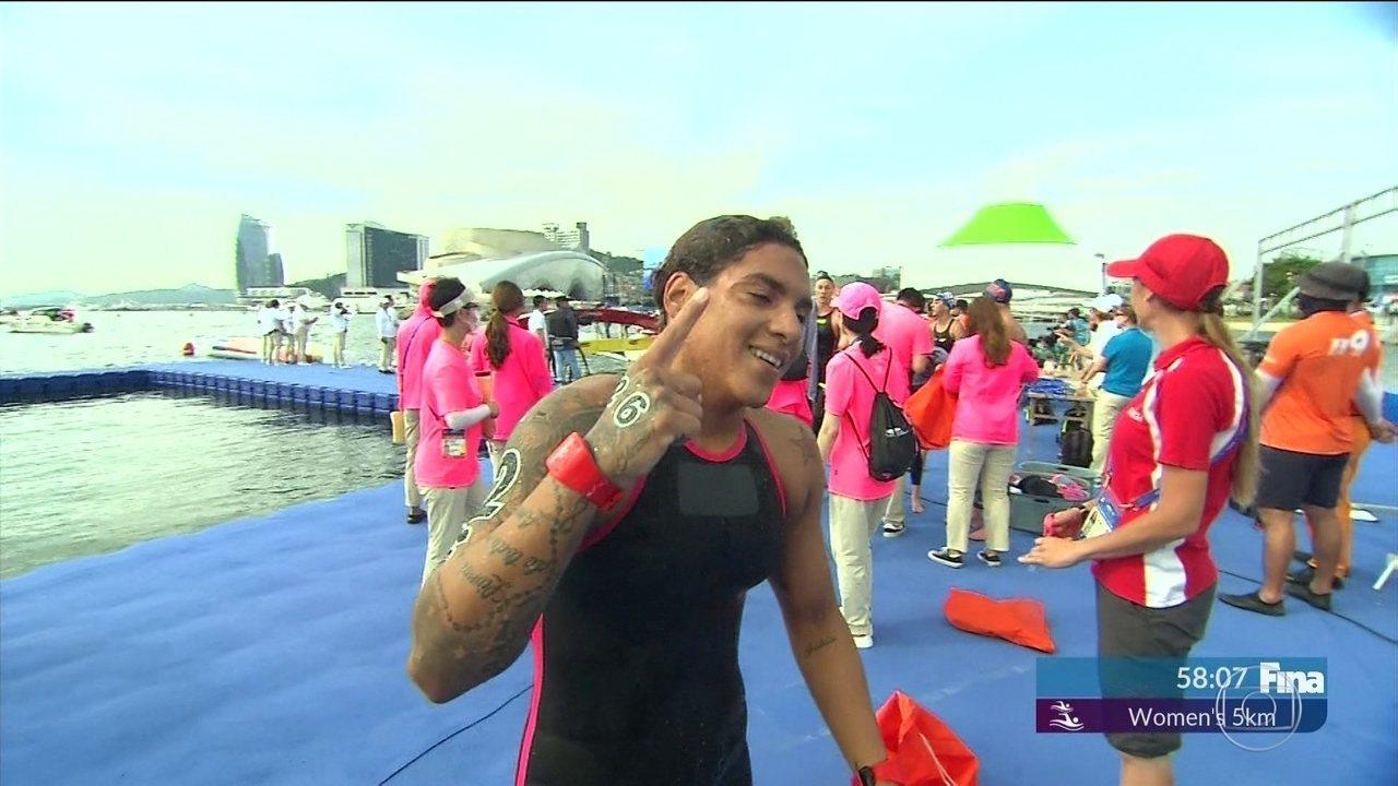 Ana Marcela Cunha conquista o ouro no Mundial de Esportes Aquáticos