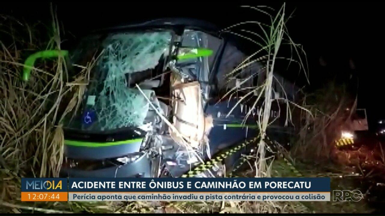 Laudo de acidente na PR-170 aponta que caminhão invadiu pista e bateu em ônibus