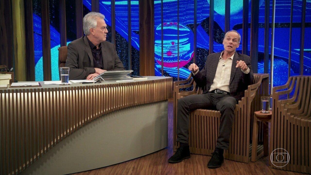 Gleiser fala sobre chegada do mundo à lua e a importância de se estudar o universo