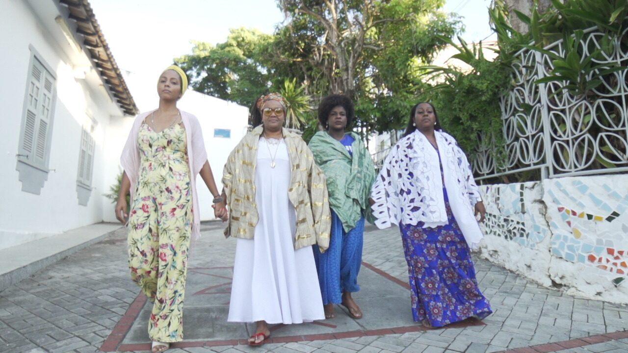 Coletivo feminino Alaafia trabalha estética negra com afirmação e resistência