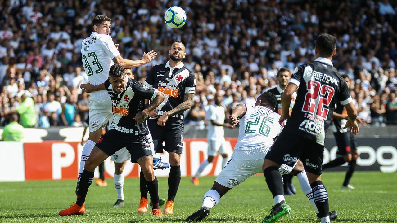 Com profecia de criança, Vasco vence o Fluminense de virada em São Januário