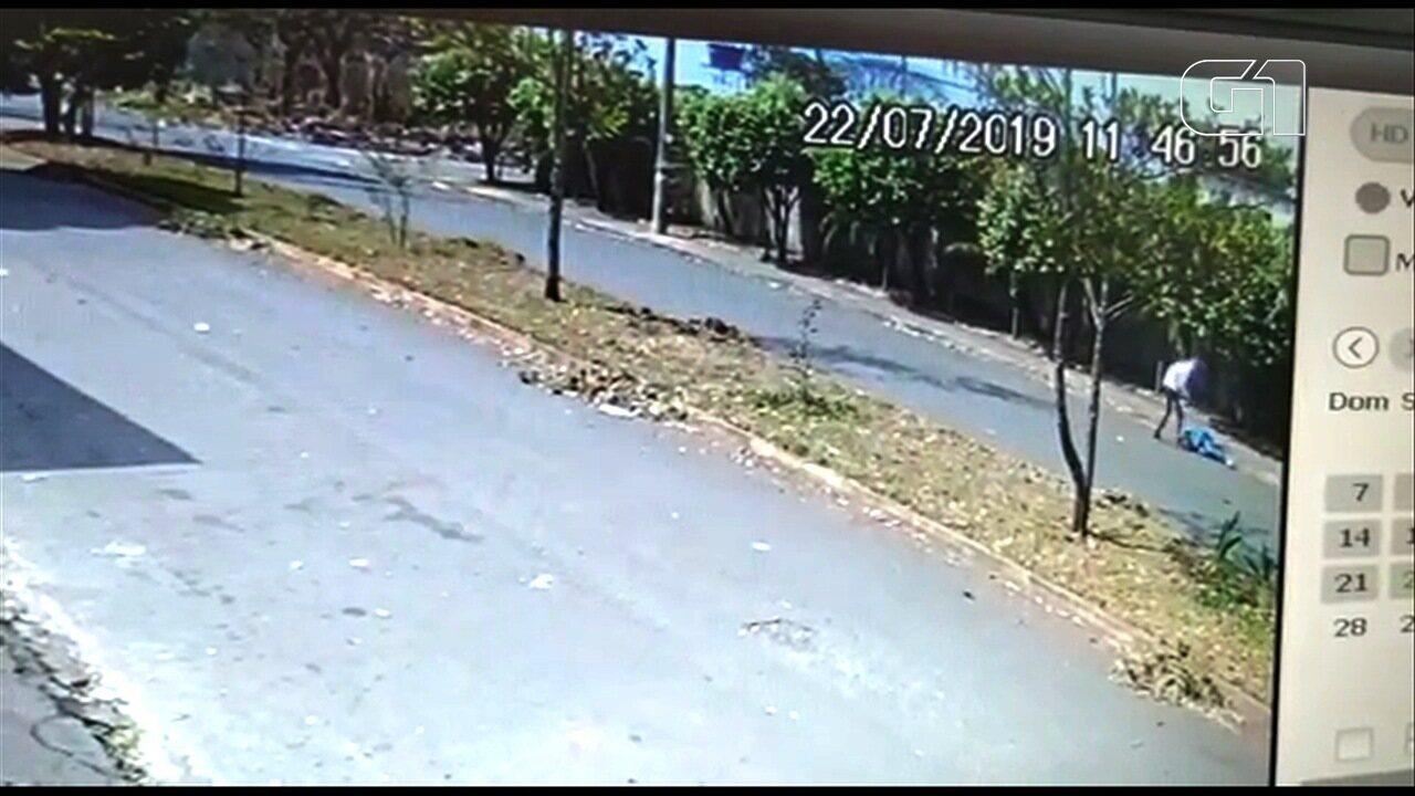 Vídeo mostra homicídio de indiciado por matar assassino do cartunista Glauco, em Aparecida