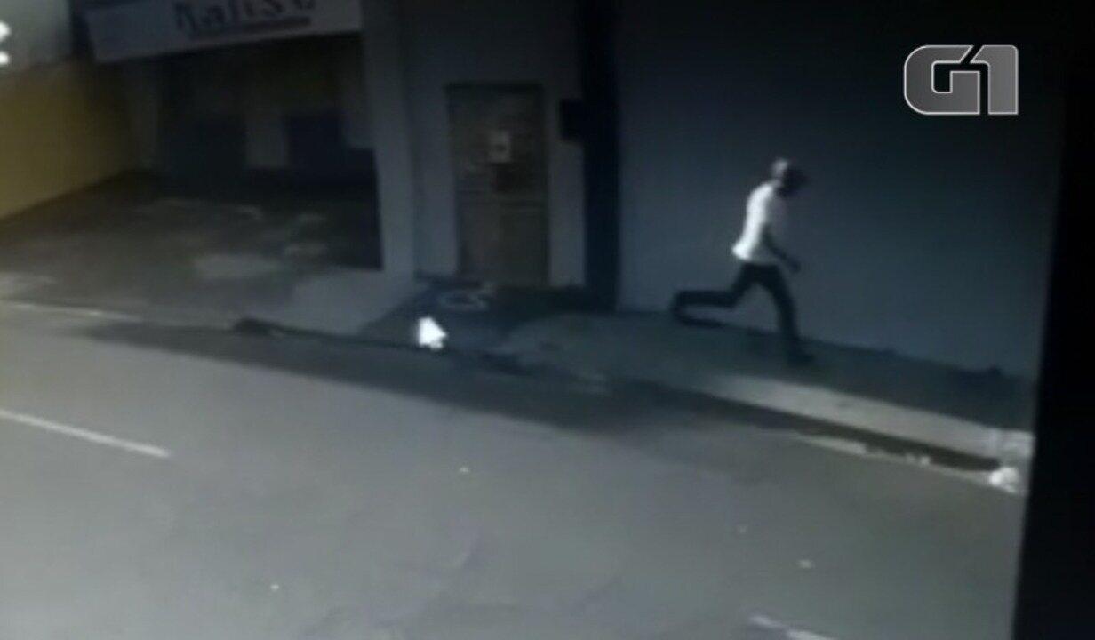 Vídeo mostra momento em que estudante é baleado na cabeça no Centro de Teresina