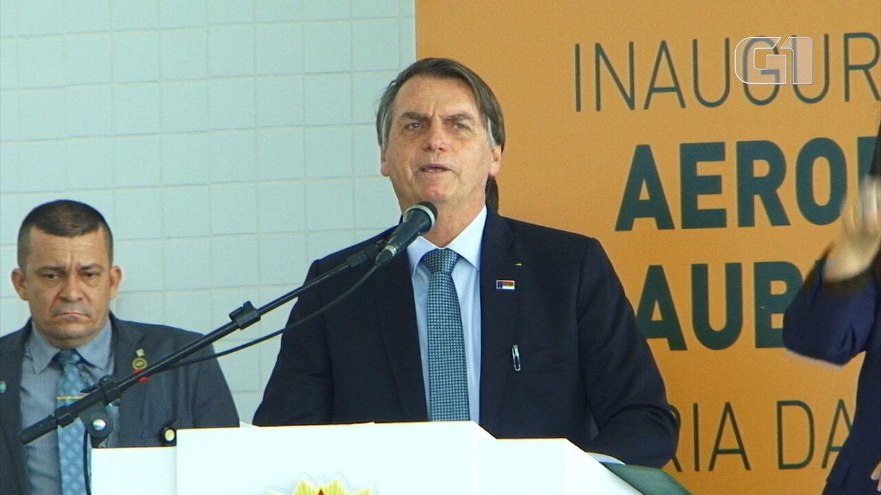 Jair Bolsonaro diz ter 'repulsa com quem não é brasileiro'