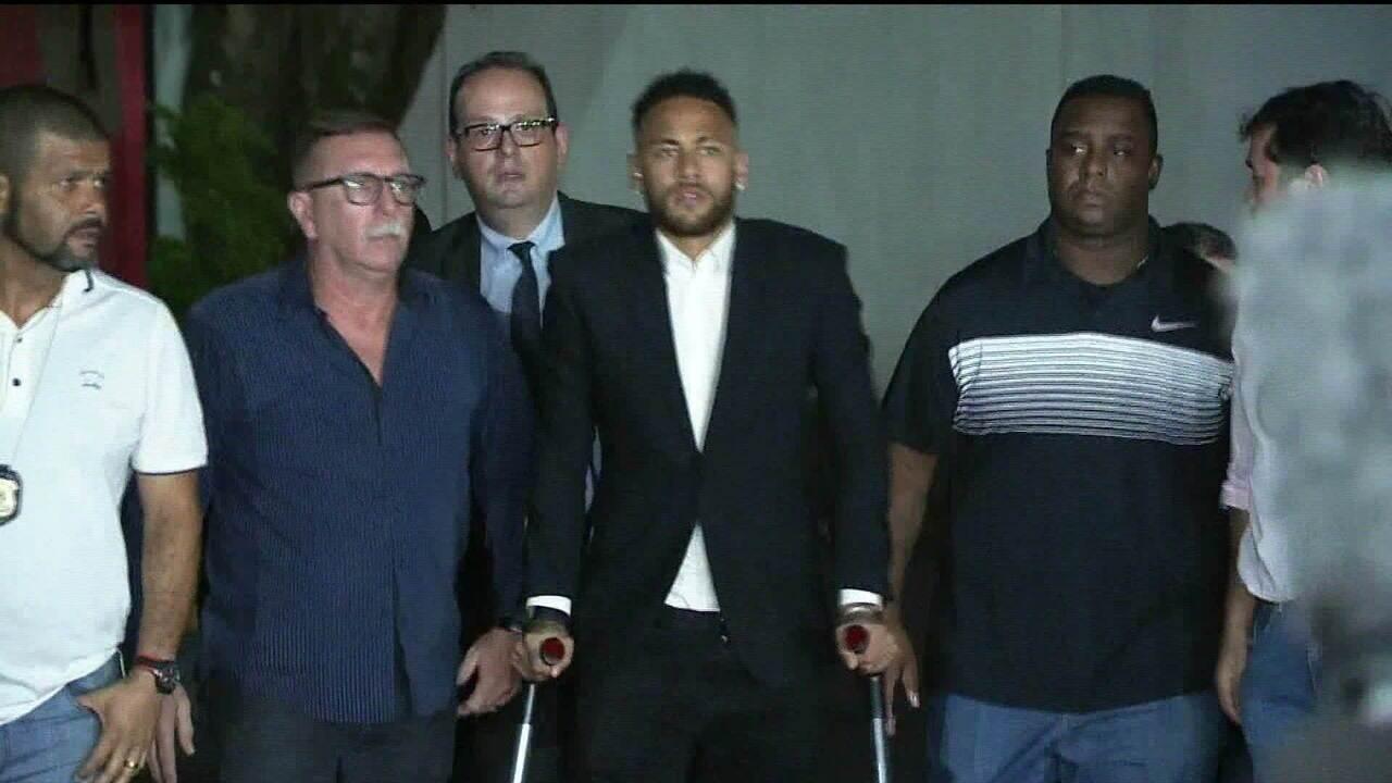 Caso Neymar: polícia investiga Najila por suspeita de falsa comunicação de estupro