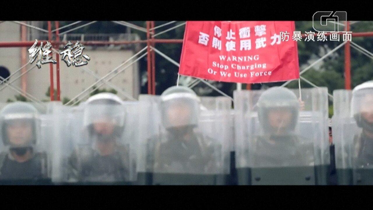 Exército chinês adverte manifestantes em Hong Kong com um vídeo