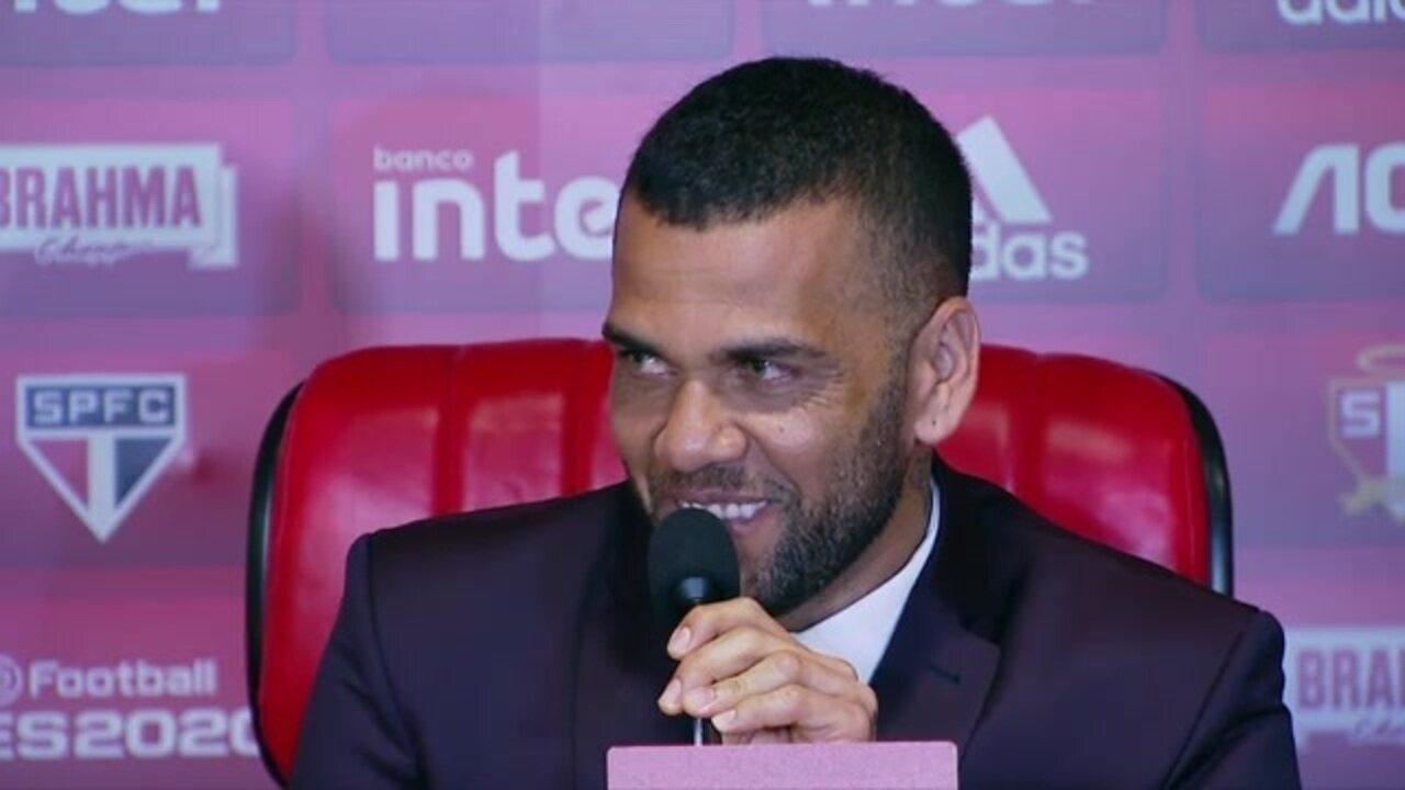 Assista à entrevista completa de Daniel Alves no São Paulo