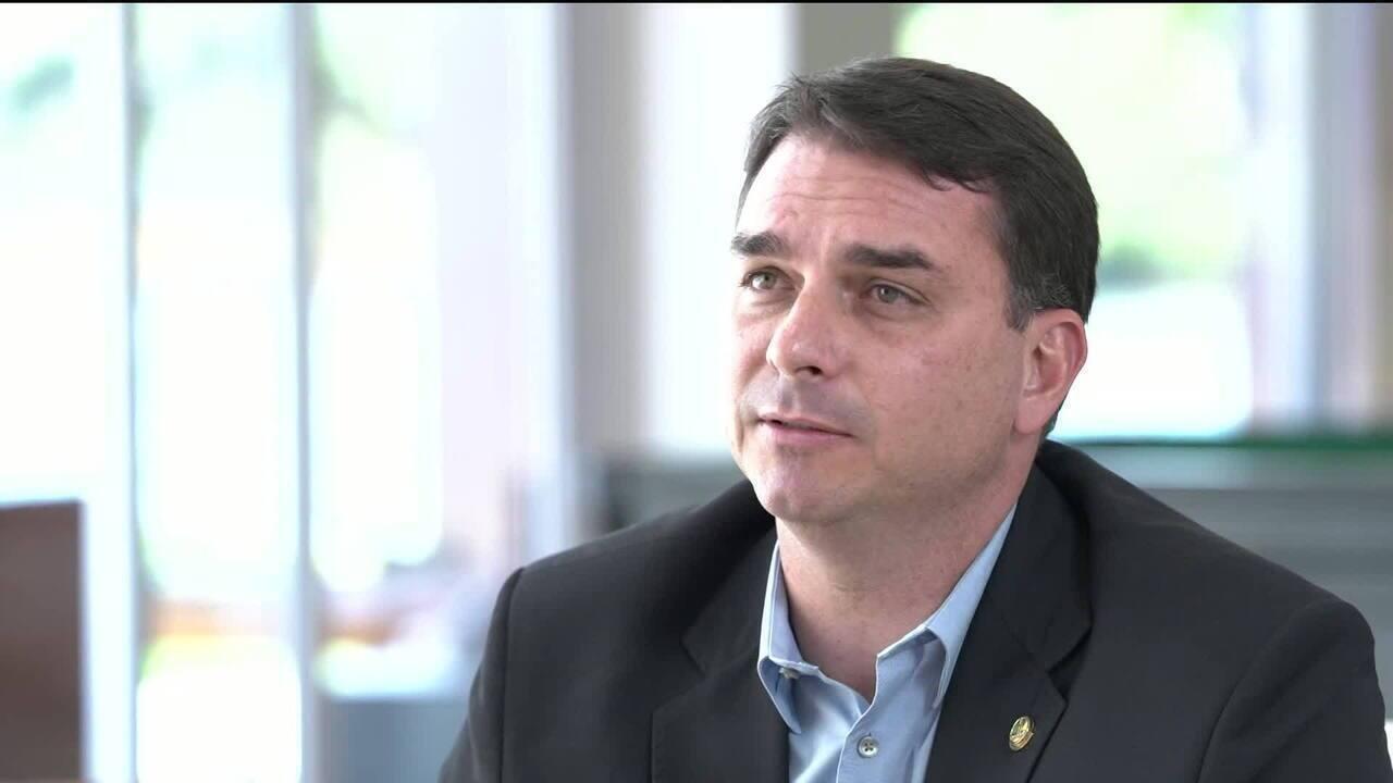 'Em Foco com Andréia Sadi' entrevista Flávio Bolsonaro