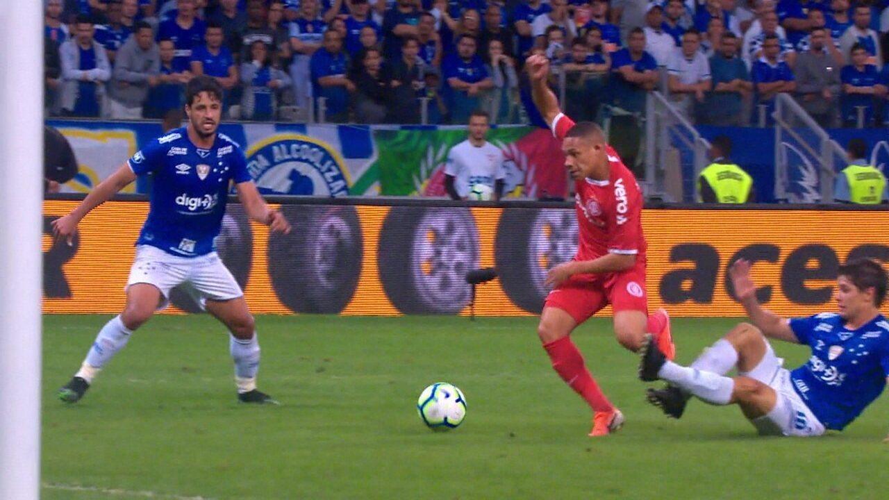 Melhores momentos: Cruzeiro 0 x 1 Internacional pela Copa do Brasil