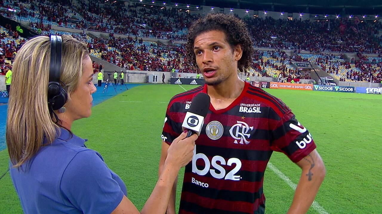 Arão fala da vitória sobre o Grêmio pelo Brasileirão
