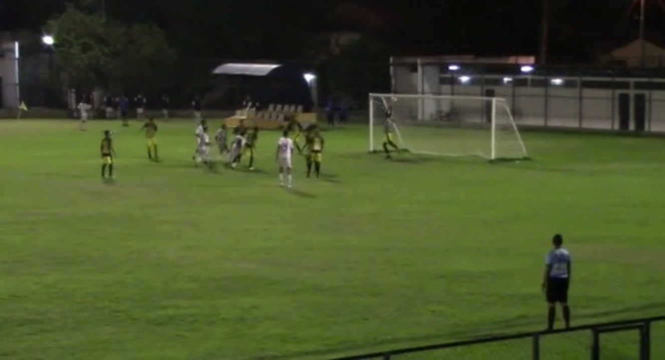Piauí vence o Timon com trapalhada do goleiro na abertura do Campeonato Piauiense sub-17