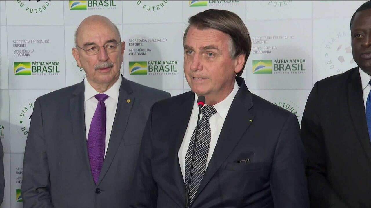 Bolsonaro diz que Brasil não precisa de dinheiro da Alemanha para preservar a Amazônia; Octávio Guedes comenta