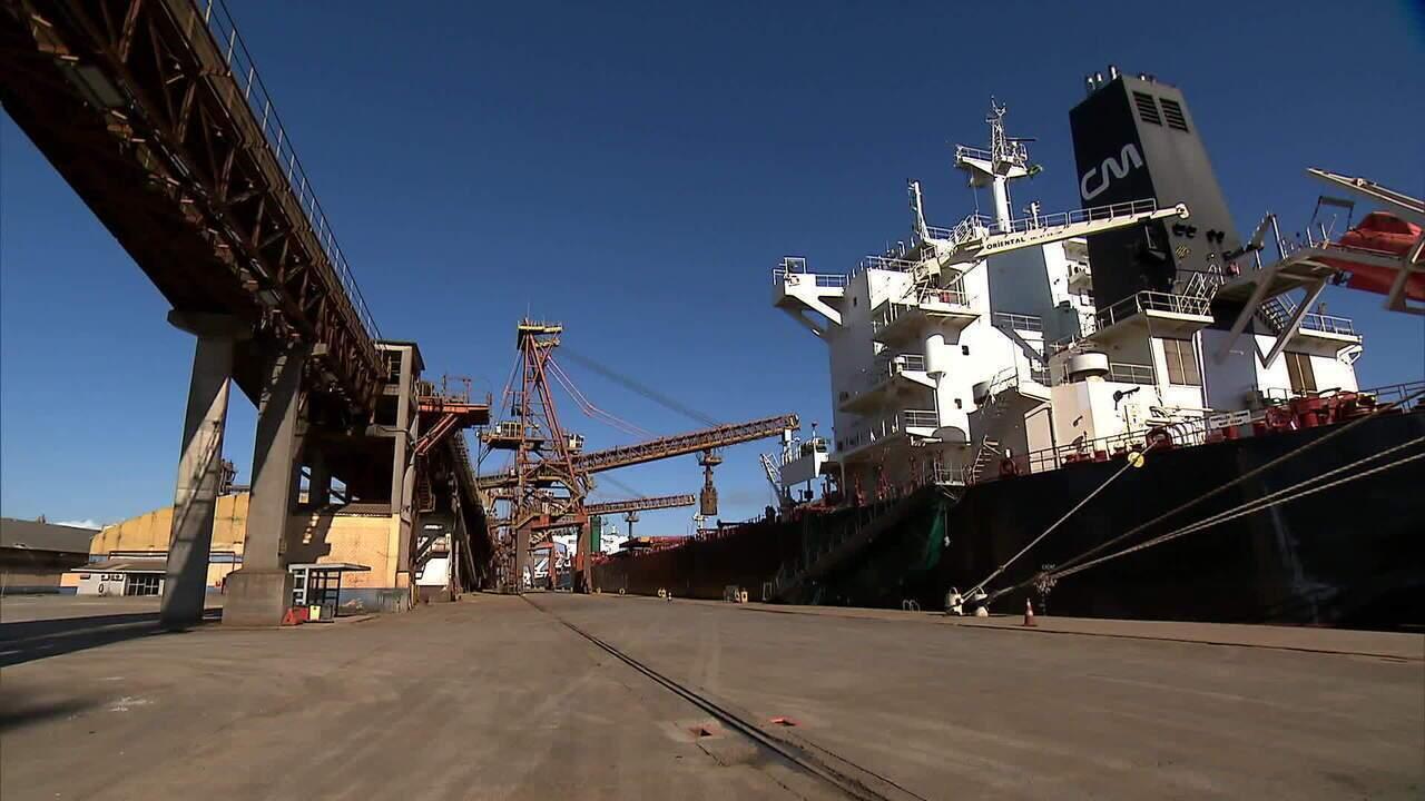 Governo leiloa três terminais portuários