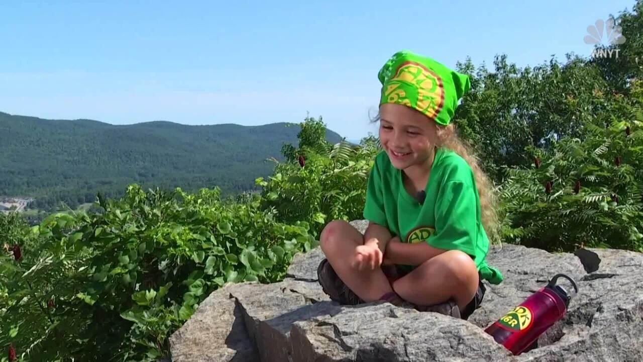 Menina de quatro anos bate recorde de escalada nos EUA