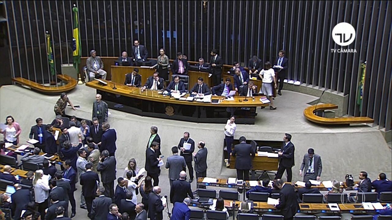 Câmara aprova projeto que endurece punição para abuso de autoridade