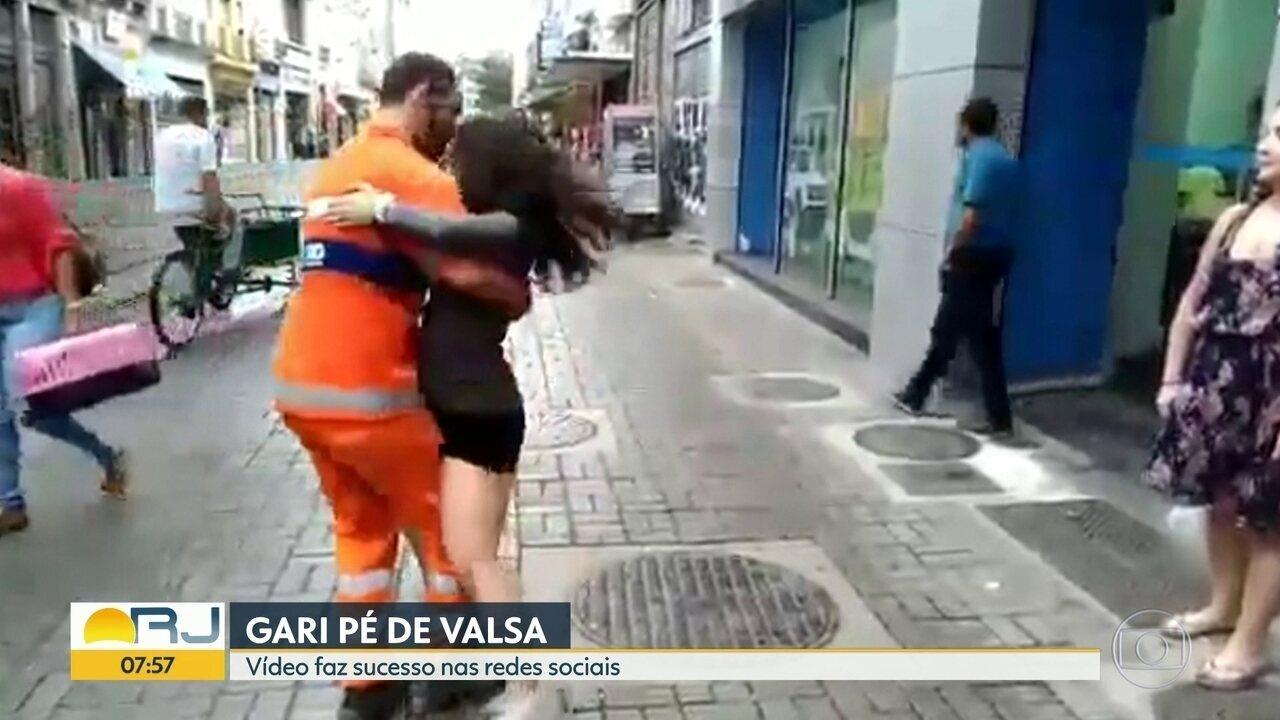 Vídeo de gari pé de valsa viraliza nas redes sociais