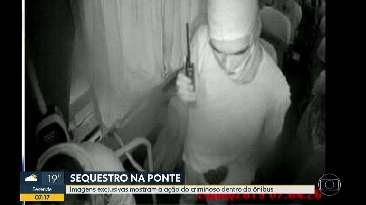 Bom Dia Rio consegue vídeos inéditos do sequestro do ônibus na Ponte