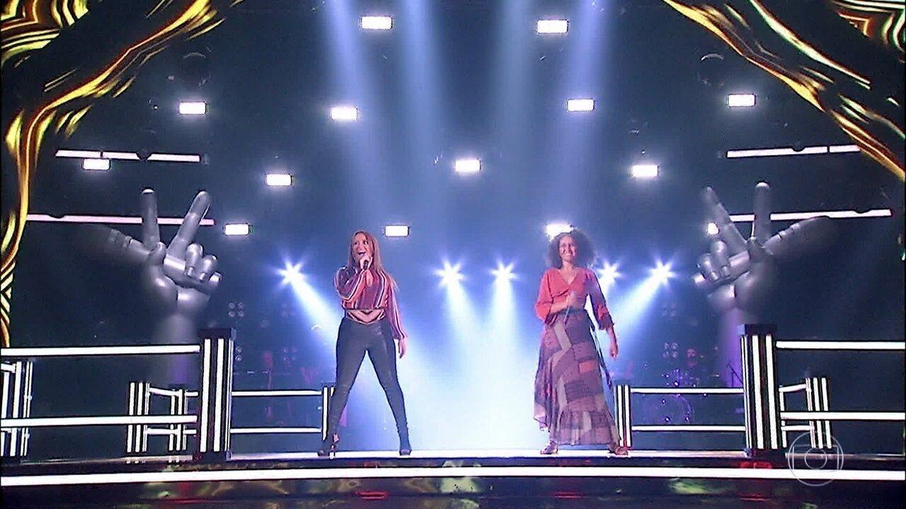 """Fabiana Oliveira e Nina Oliveira cantam """"Bem Me Quer"""""""