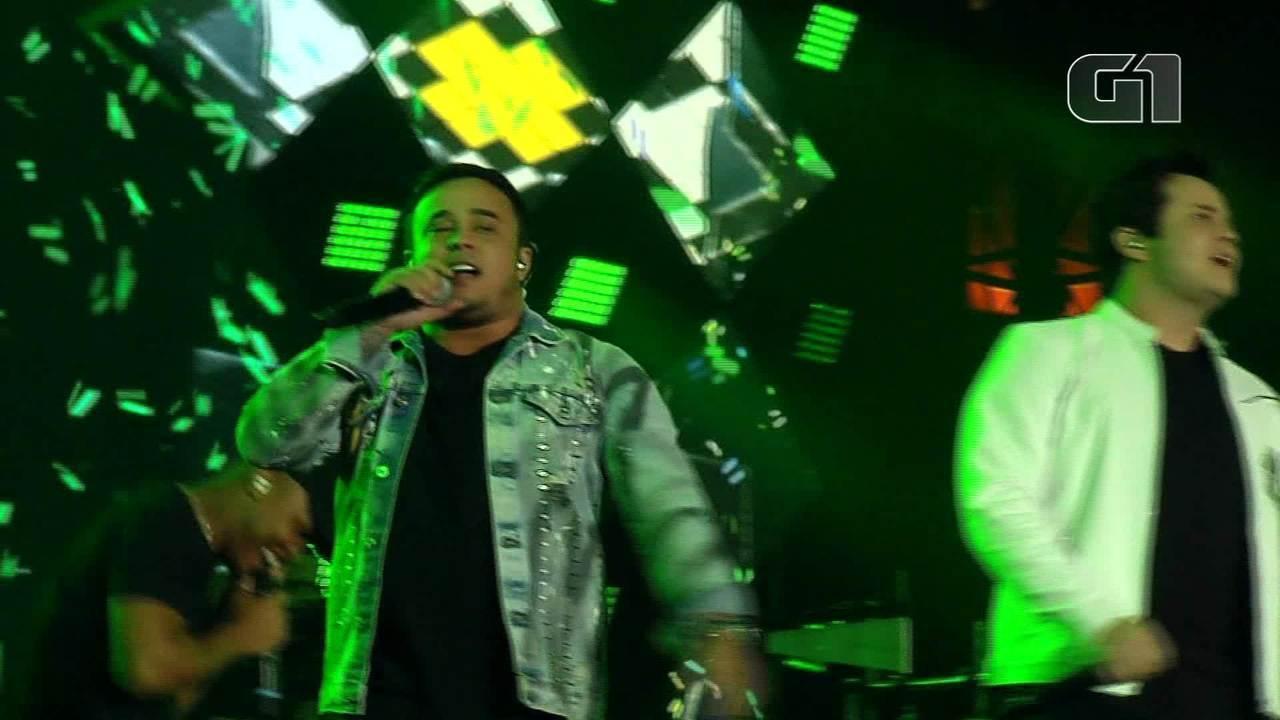 Matheus & Kauan cantam 'Te Assimi Pro Brasil' na Festa do Peão de Barretos 2019
