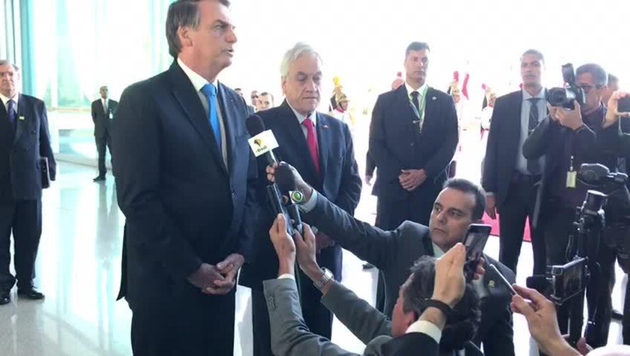 Bolsonaro disse que países com território de Floresta Amazônica terão reunião no dia 6, na Colômbia