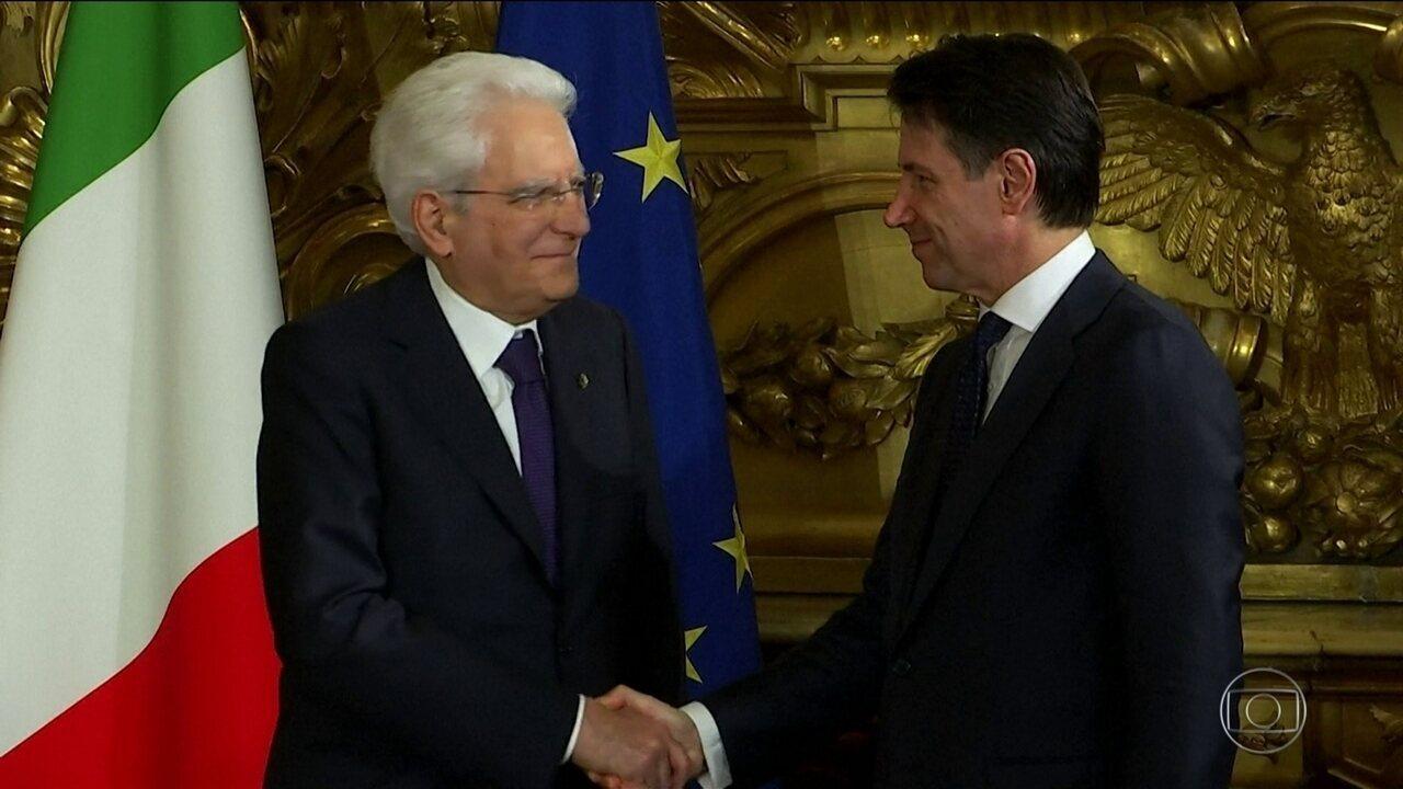 Na Itália, partidos populista e de centro-direita fecham acordo para formar governo