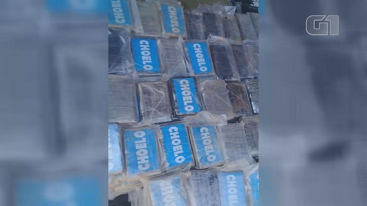 Traficantes escondem tabletes de cocaína em carga de amianto despachada no Porto de Santos, SP