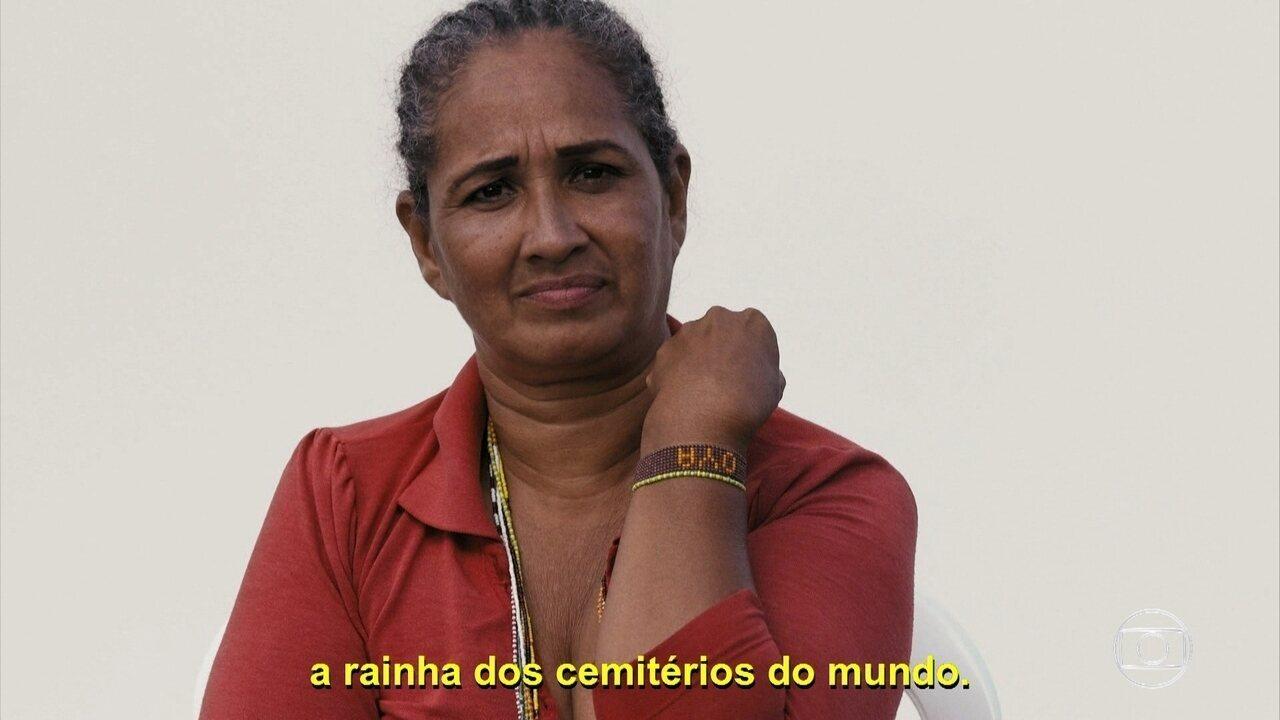 Refugiados contam qual é o objeto mais importante que trouxeram para o Brasil