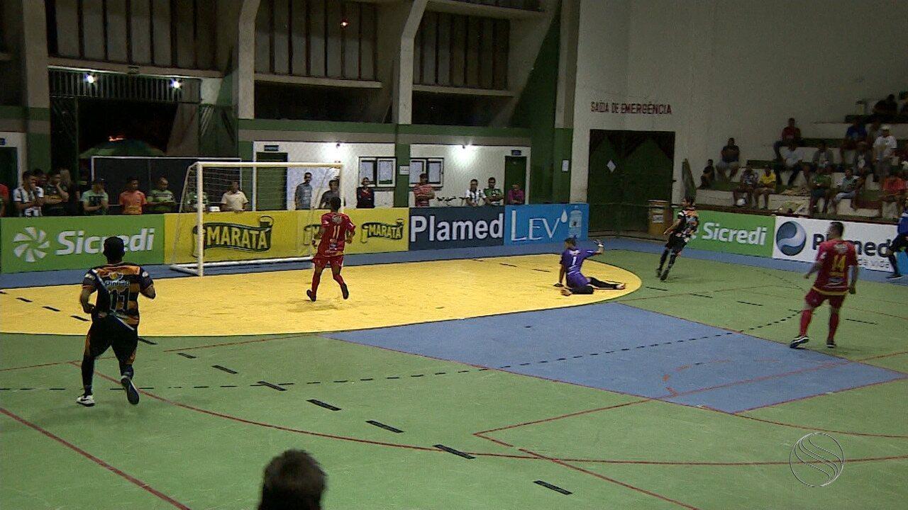 De virada, Colônia 13 vence Pinhão na estreia na Copa TVSE de Futsal