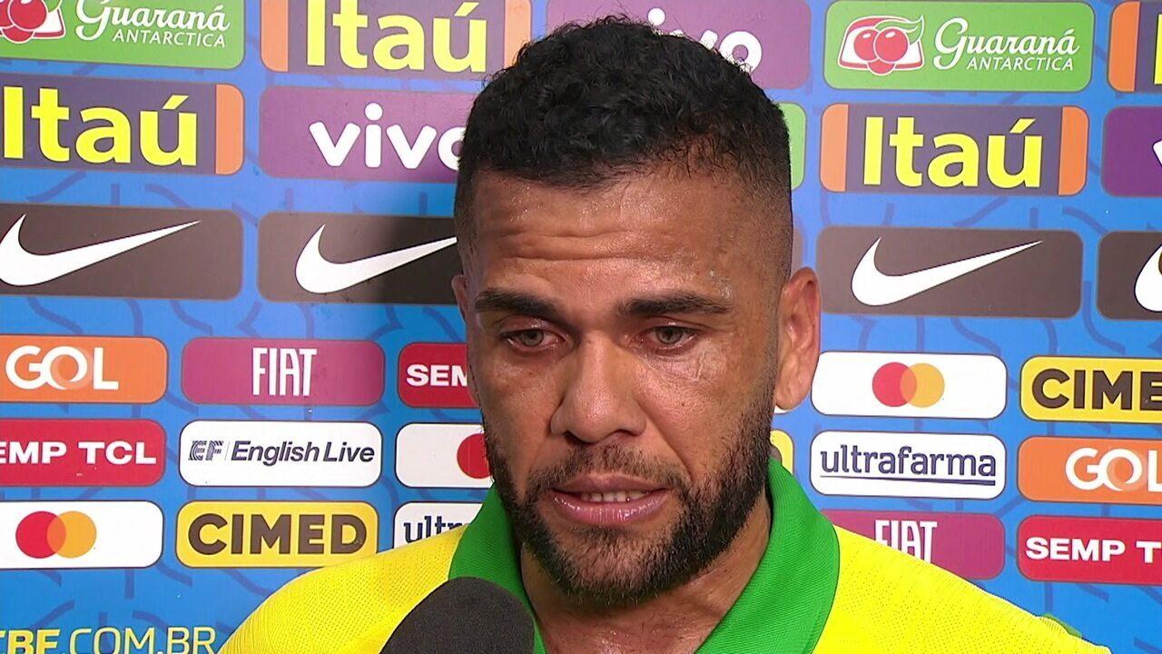 Daniel Alves fala sobre retorno de Neymar aos campos com a camisa da Seleção Brasileira