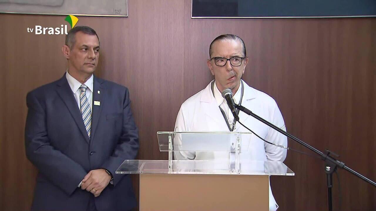 Médico fala sobre a cirurgia de hérnia de Jair Bolsonaro