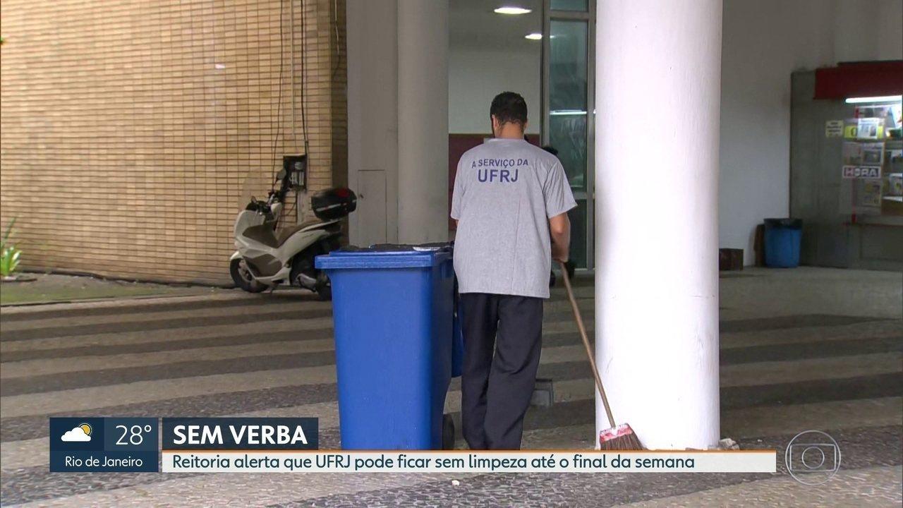 Sem verbas, reitoria alerta que UFRJ pode ficar sem limpeza do campus