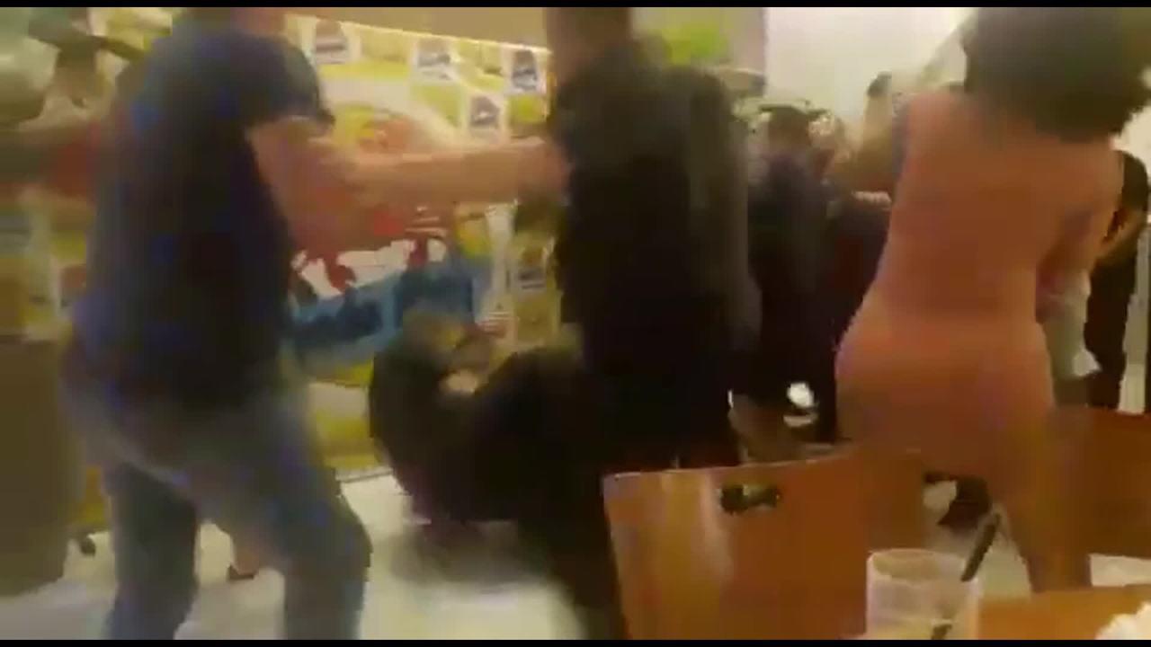 Discussão por causa de molho vira pancadaria e deixa garçom ferido em Samambaia, no DF