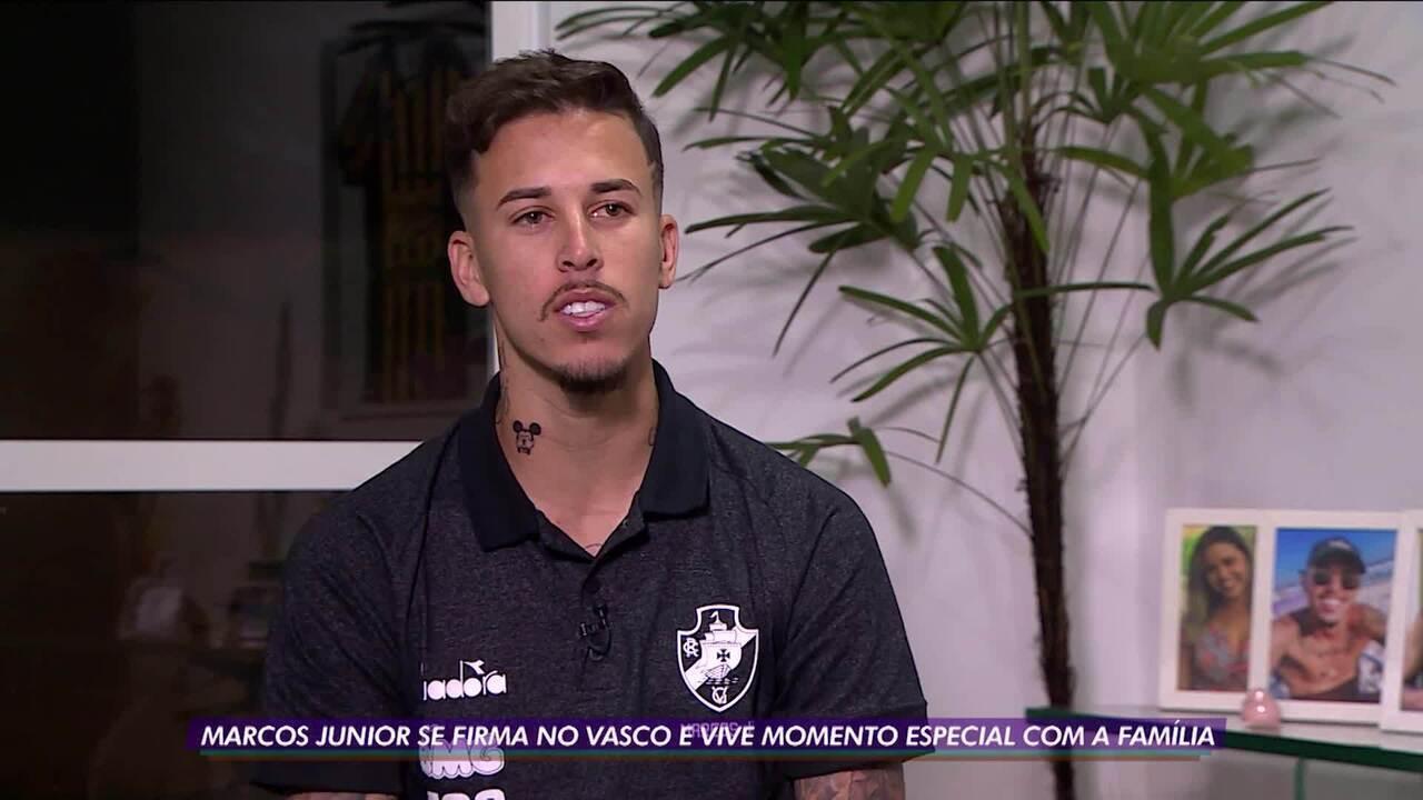 Marcos Junior se firma no Vasco e vive momento especial com a família