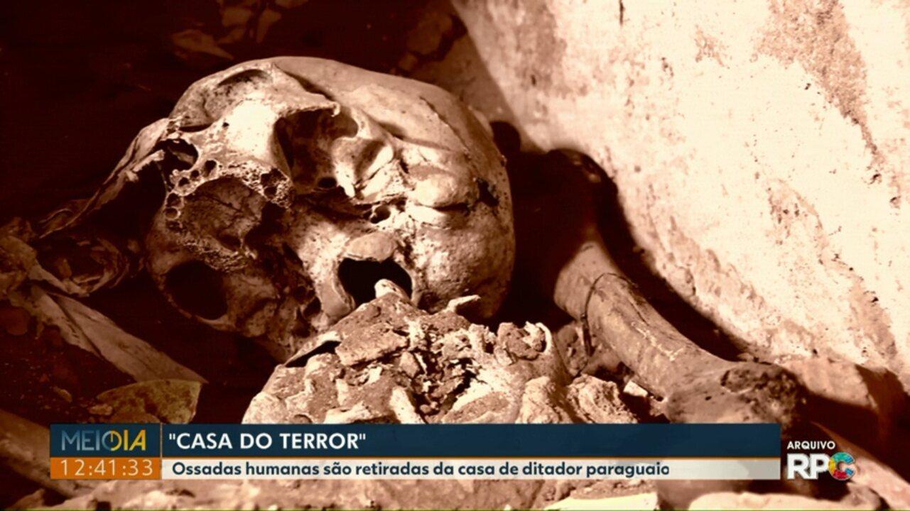Ossadas humanas encontradas na casa de ditador paraguaio são retiradas