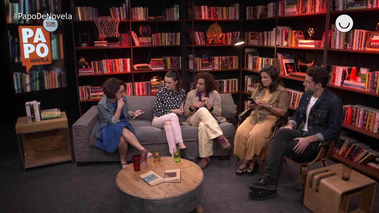 Papo de Novela #02: Mariana Molina, Arthur Sales e Felipe Haiut
