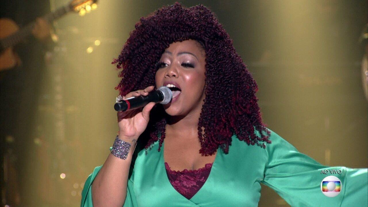 "Bruna de Paula canta ""Juízo Final"""