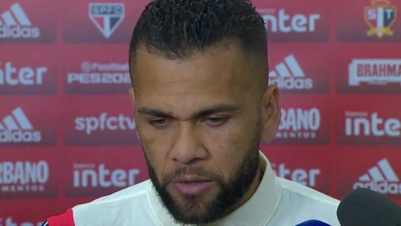 Veja como foi a entrevista de Daniel Alves, do São Paulo, após empate com o CSA