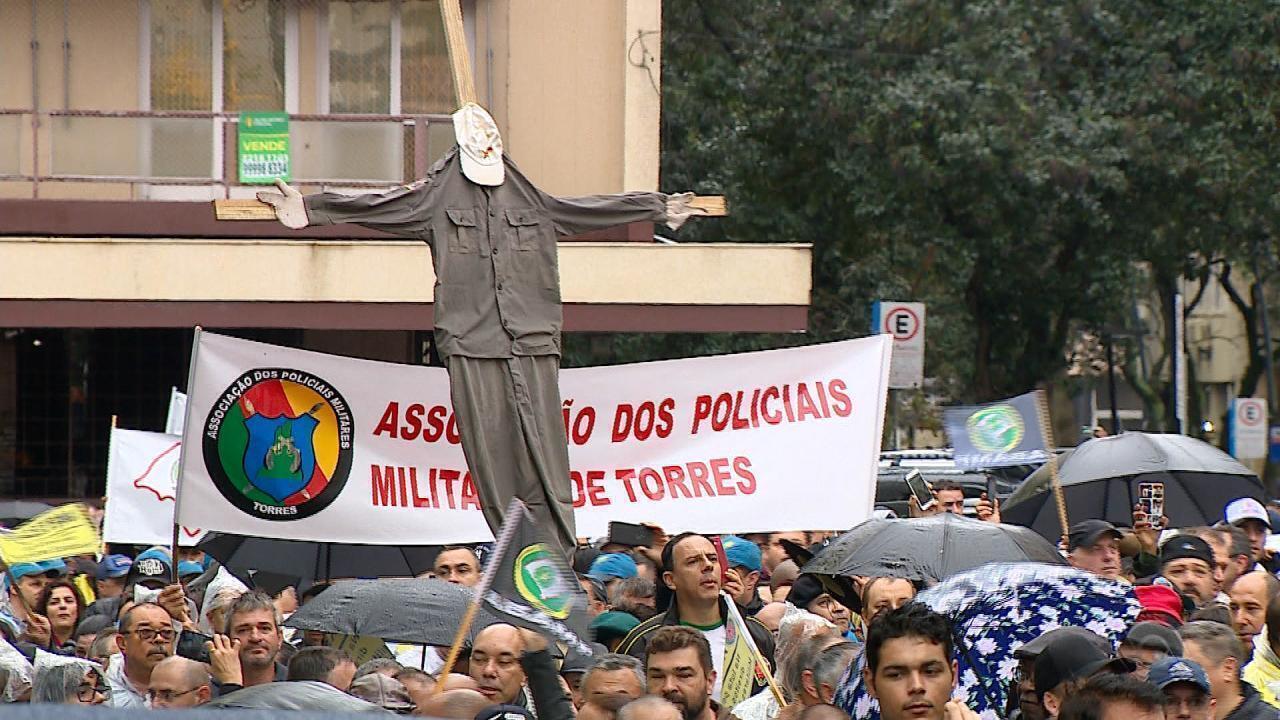 Polícia Civil, BM e bombeiros protestam contra Reforma da Previdência e atraso de salários