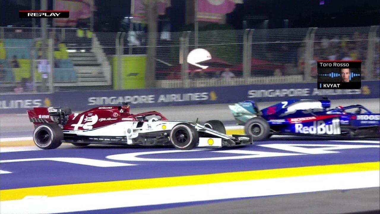 Kvyat e Raikkonen se tocam e finlandês quebra suspensão