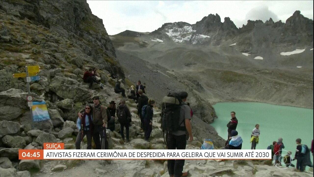 Ativistas fazem cerimônia de despedida para geleira na Suíça