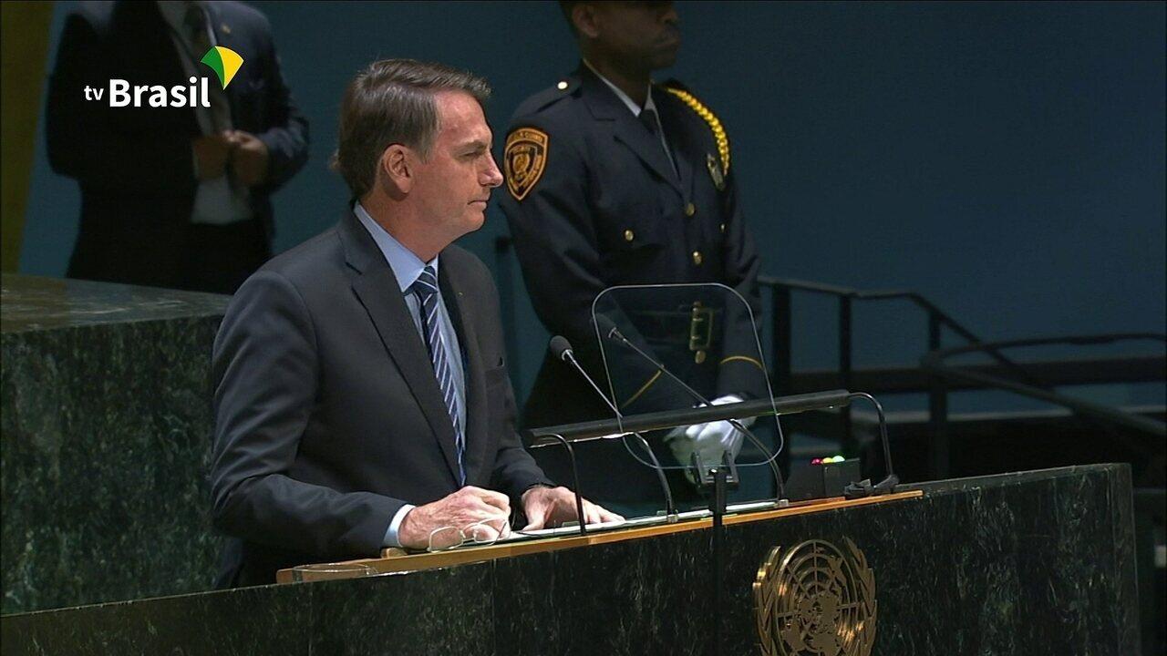 Bolsonaro critica o socialismo da Venezuela e Cuba e o Foro de São Paulo
