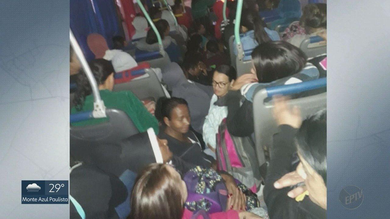 Moradores de Guariba, SP, reclamam de viagens de ônibus lotados até Ribeirão Preto