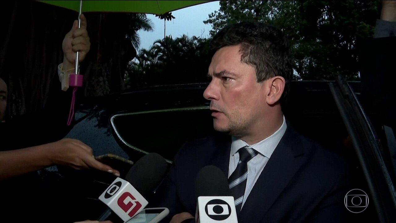 Sergio Moro se reúne com Rodrigo Maia para defender pacote anticrime