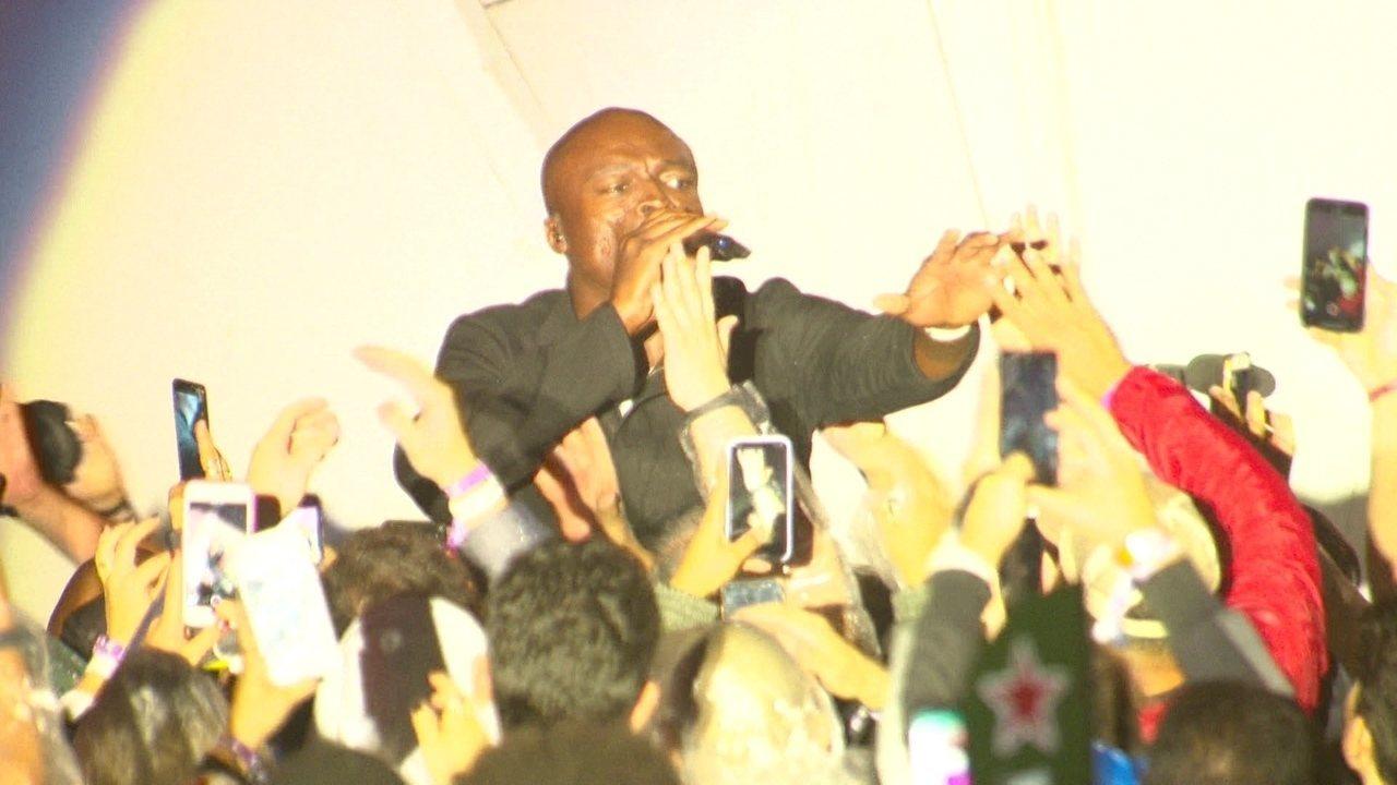 "Seal interpreta seu hit ""Killer"" no meio do público no Rock in Rio"