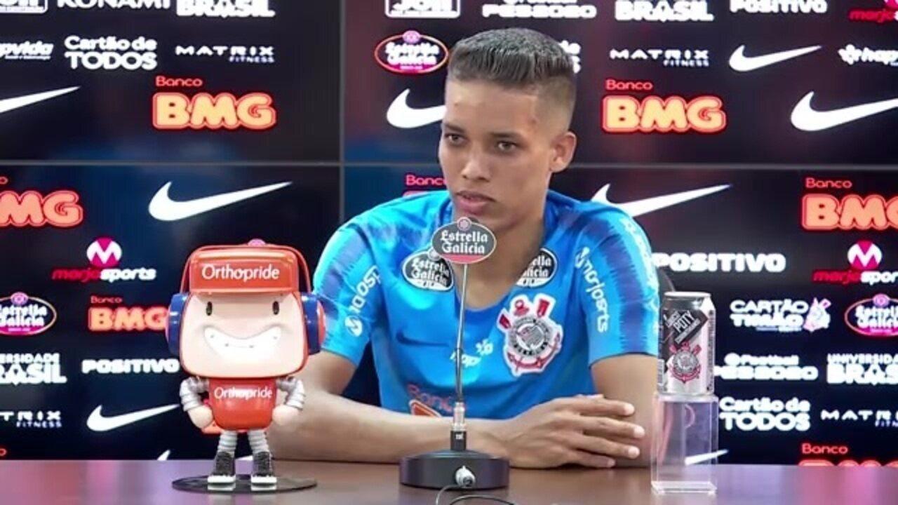 Veja a entrevista coletiva de Pedrinho, do Corinthians, antes de jogo contra Chapecoense