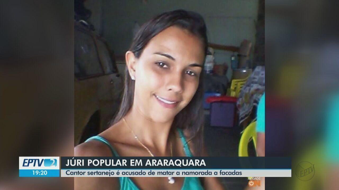 Cantor sertanejo é julgado por matar a namorada a facadas em Araraquara