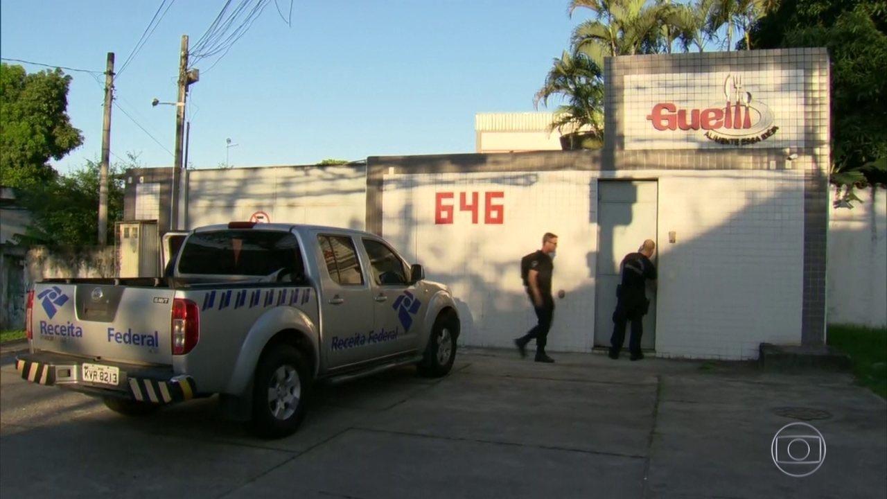 PF prende 12 suspeitos de participar de esquema de extorsão dentro da Receita Federal
