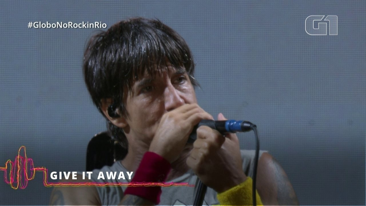 "Red Hot Chilli Peppers encerra show com ""Give it Way"""